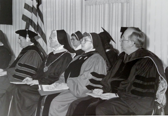 Commencement 19802 srs faculty